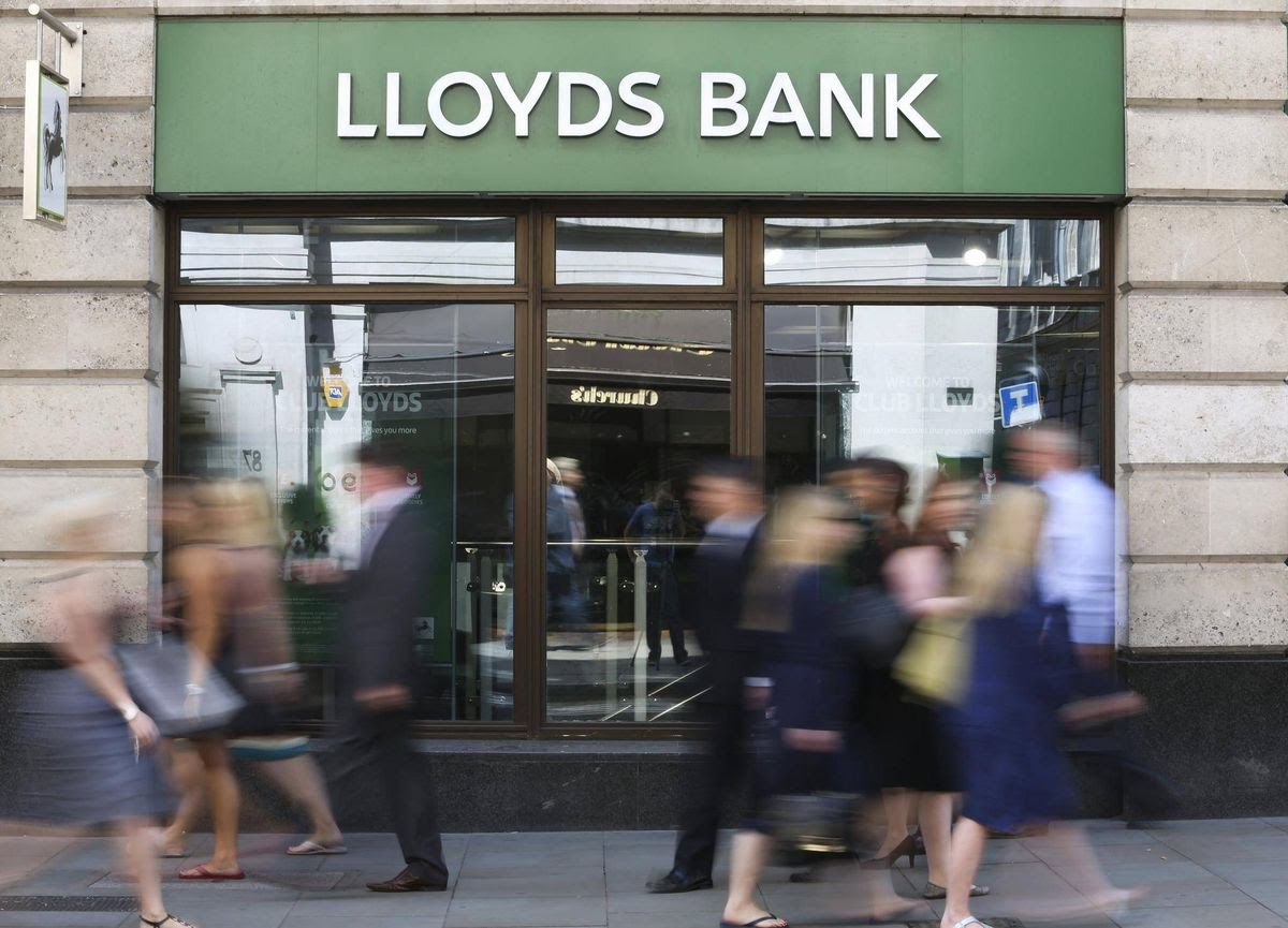 Lloyds, RBS set diversity targets for top roles - European Business